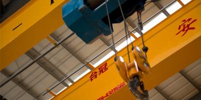 起重机配件如何防止生锈?
